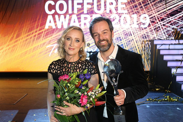 COIFFURE AWARDS 2019: ARJAN BEVERS UIT HELMOND HAIRDRESSER OF THE YEAR
