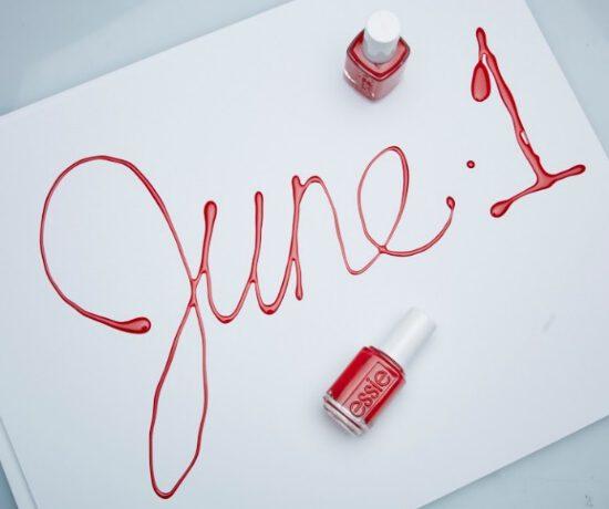 Deel kleur & liefde samen met essie op National Nail Polish Day!